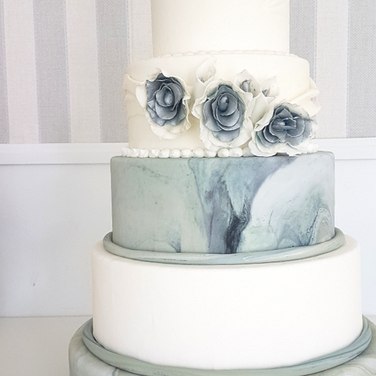 marble wedding cake.png