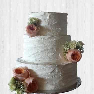 rustic white wedding cake real flowers 2