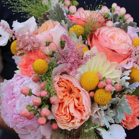 Bouquet-colori-salmone-Luglio-07.JPG