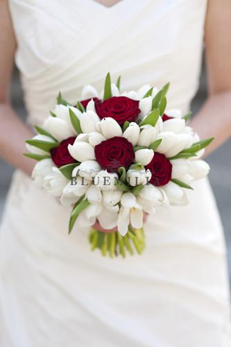 bluemilia_bouquet_red_white.jpg