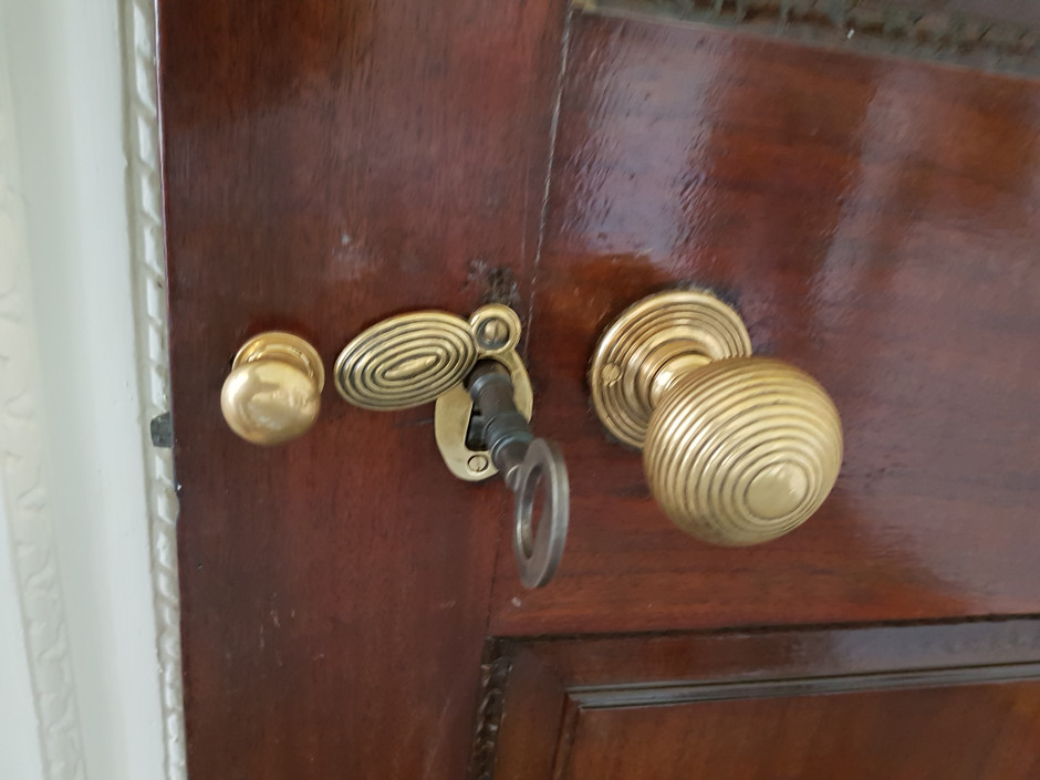 Irongate Locksmiths...at your service