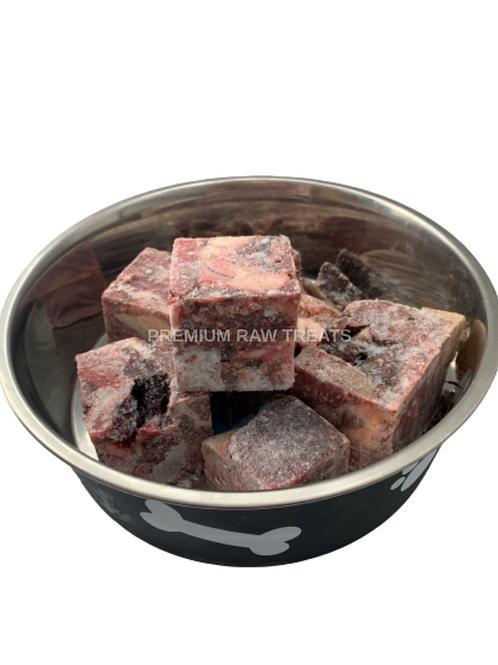 Premium raw boneless horse chunks 1kg