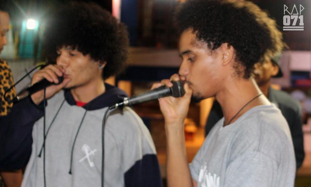 "Val e Bardo durante show da Quinta Esquina na festa ""Hip Hop In Paradise"". Foto: RAP071"