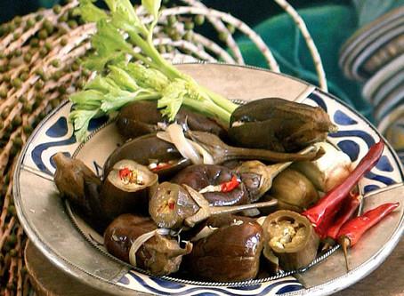 Pickled Aubergine Parcels berendjena reynada en salamura