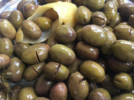 Home Cured Green Cracked Olives – Rhodesli style
