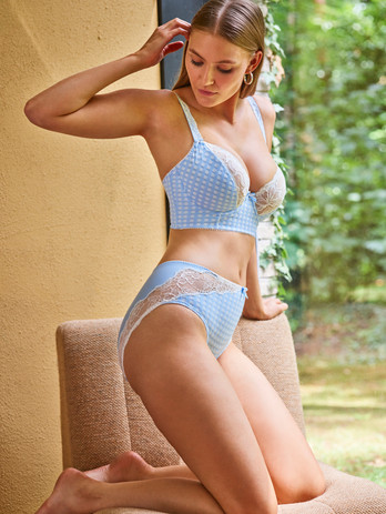 PD_MS_MADISON_BBE_DEEP_PLUNGE_BALCONY-00