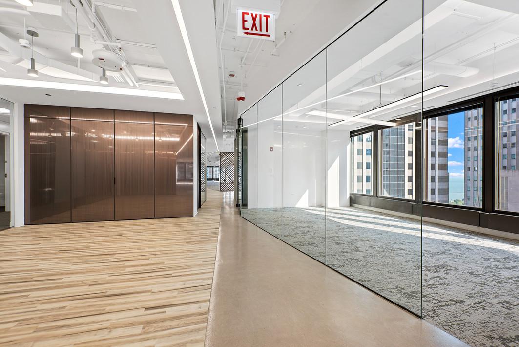 Spec Suite - 23rd Floor