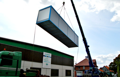 14m-Container1.jpg