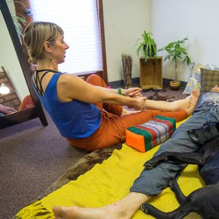 Gracie-assisted Thai massage