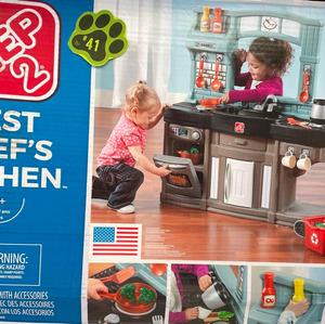 #41 – Kitchen Play Set