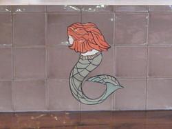 Sea Lady facing left