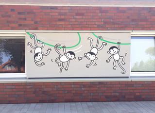 """Logo, Gruppen-Illustrationen und Außenbeschriftung für die Kita """"Hula Hoop"""" in Borken"""