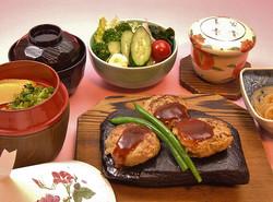 どら焼き(ハンバーグ)の膳 1700円