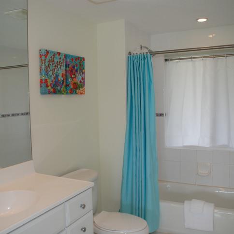 Sqeaky clean bathrooms