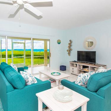 Gorgeous beachfront living room.
