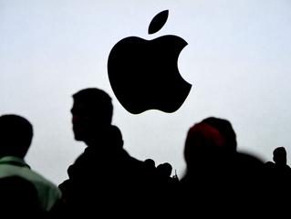 """Bloomberg: """"шлем от Apple анонсируют в этом году, и его покажут на мероприятиями с журналистами"""""""