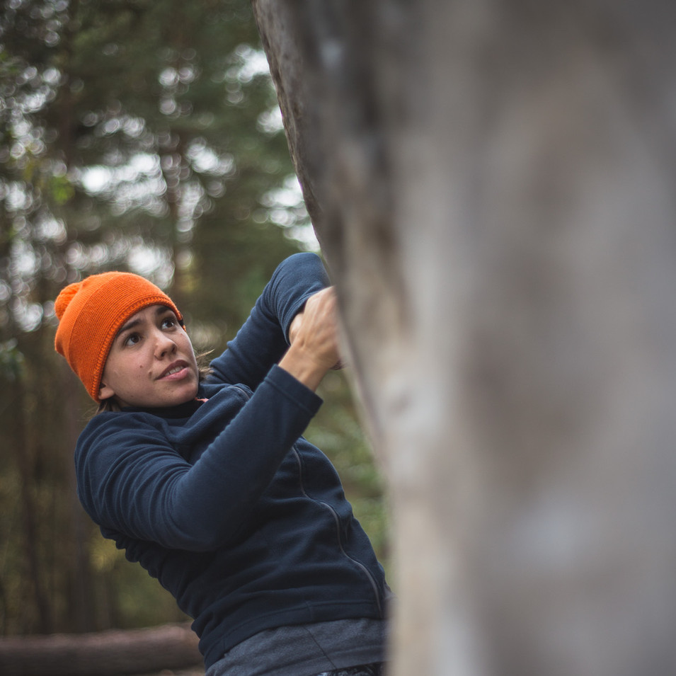 Climbing at l'Elephant 13 | andyday.com