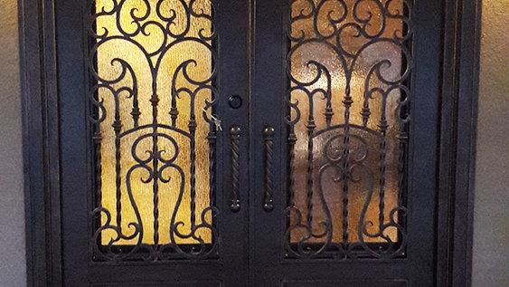 Glendel Door