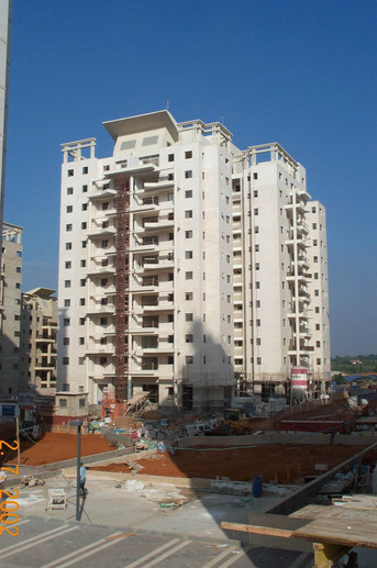 A high rise building in cluster 200