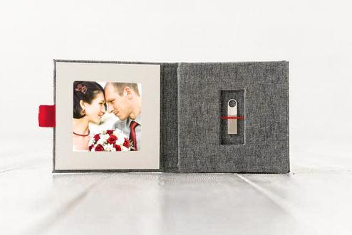 Clé USB. Photos de mariage.