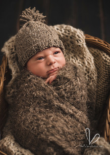 Bébé en bonet