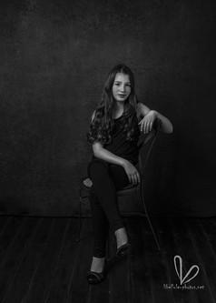 Portrait de fille. Noir et blanc. Séance photo à Molsheim