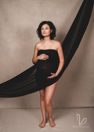 Photo de grossesse avec voile.