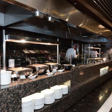 restaurant--v8856516.jpg