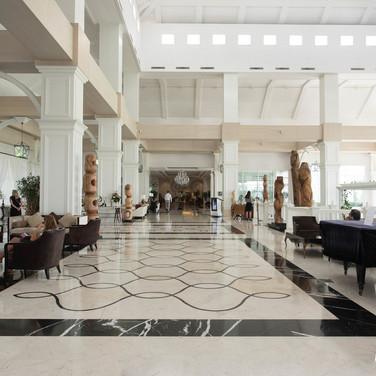 lobby--v8855189.jpg