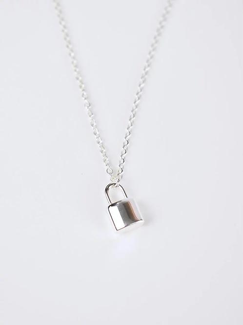 Louis Padlock Necklace - Silver
