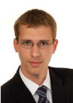 Sebastian Hoefle, apoio técnico