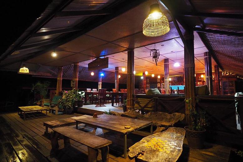 cafe-area.jpg