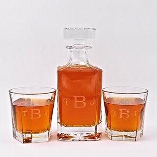 Monogrammed-decanter-whiskey-glass-set.j