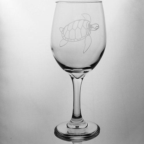 Handmade sea inspired custom deep etched sea turtle wine glass.
