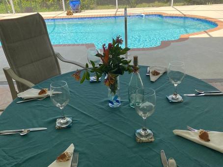 6 Decorating Ideas for a Beach Themed Dinner Table