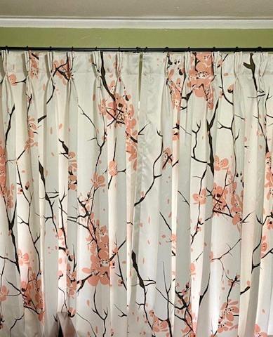 whiteout-modern-design-pink.jpg