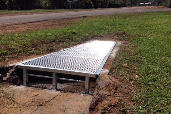 Steel drain grate