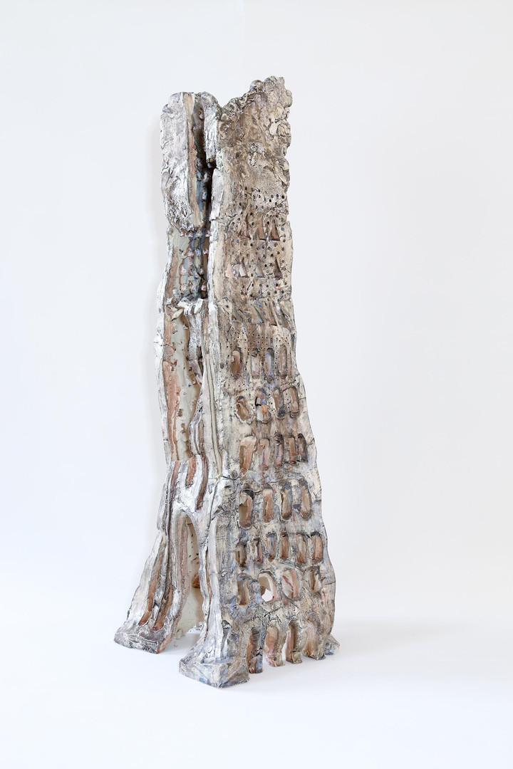 Walter Yu | No.6 ceramic, 100 cm tall, 2014