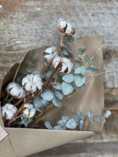 Bouquet eucalyptus et coton 30$