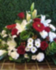Fleuriste laval | Fleurs2 | Coussins de cerceuil