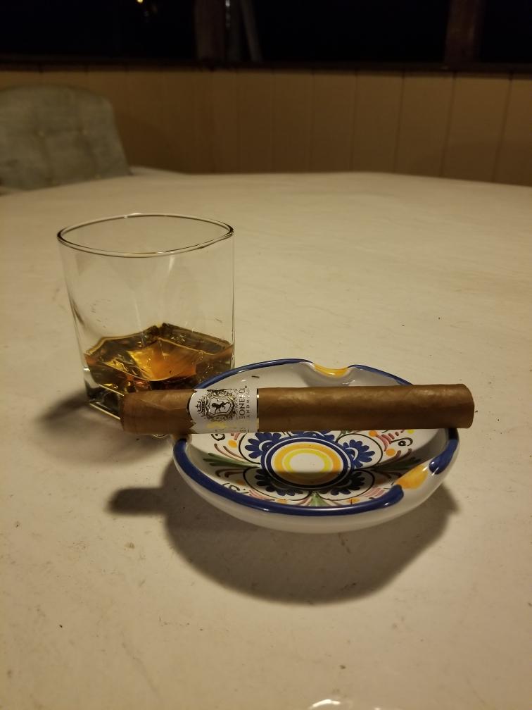 Tres Leones Whiskey