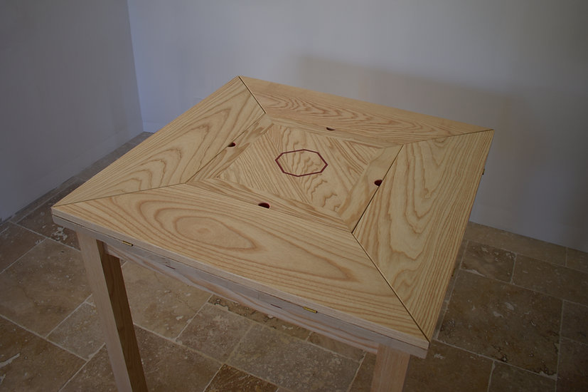 Table FRÉNÉTIQUE