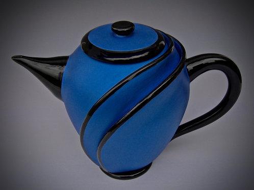 Wrap-Around Tea Pot