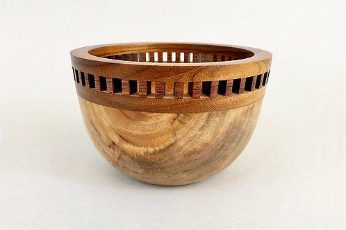 Rimmed Bowl 2
