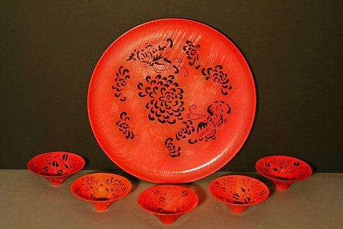 Japanese Chrysanthemum Platter and Bowls