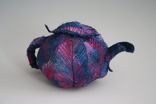Featherweight Teapot