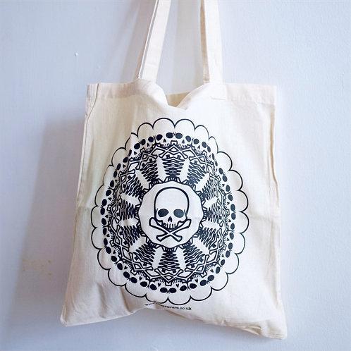Skull kaleidoscope tote bag