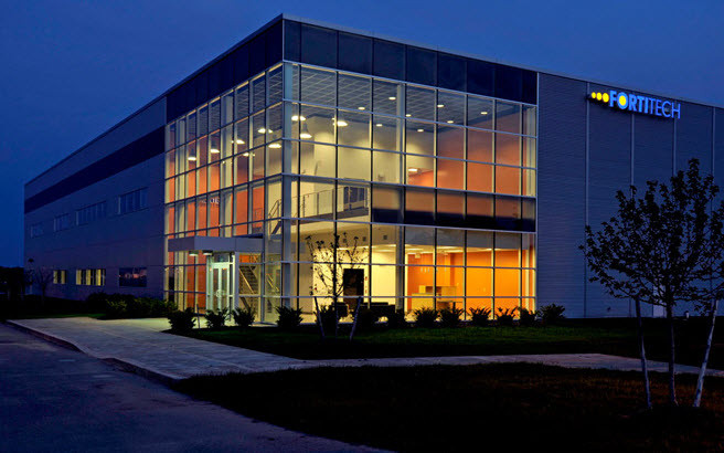 180,000 Sq Ft Office Warehous