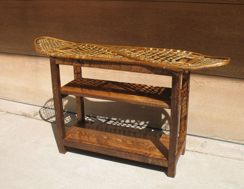 Snowshoe Sofa Table