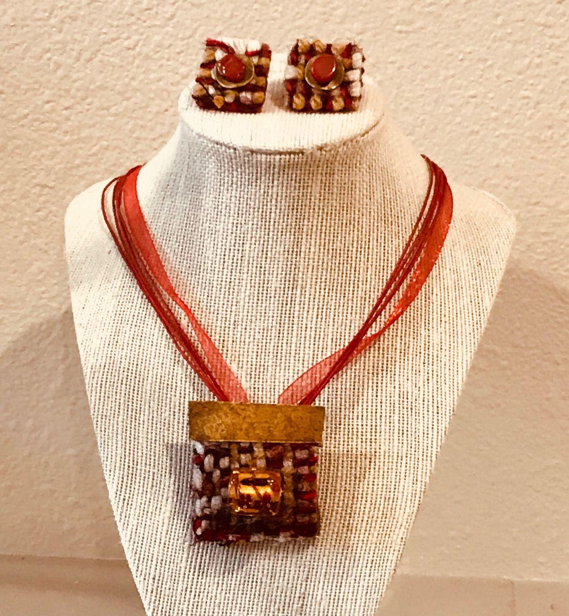Red Jewelry Set